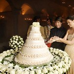 tom-cruise-katie-holmes-wedding-cake